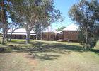 ... hat die alte Telegrafenstation auf dem Berg in der Nähe von Alice Springs hergegeben.